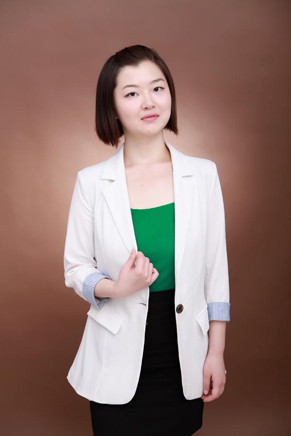 蒋雪玮律师